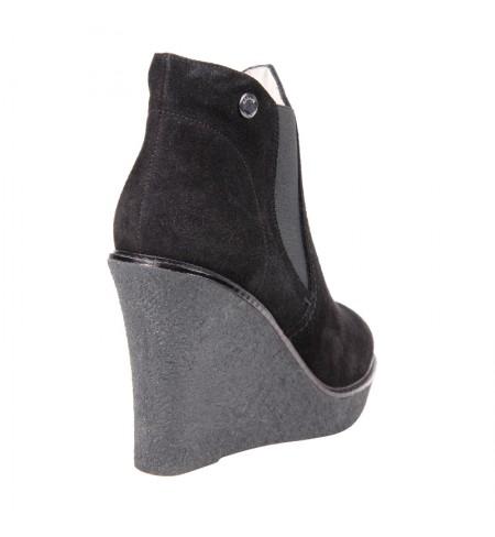 ARMANI COLLEZIONI High shoes