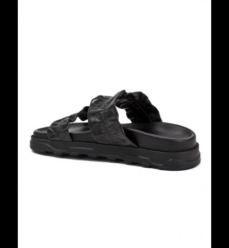 Comb Black ICEBERG Flip Flops