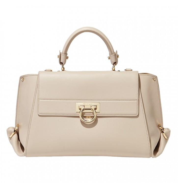 Женские сумки Salvatore Ferragamo: купить с